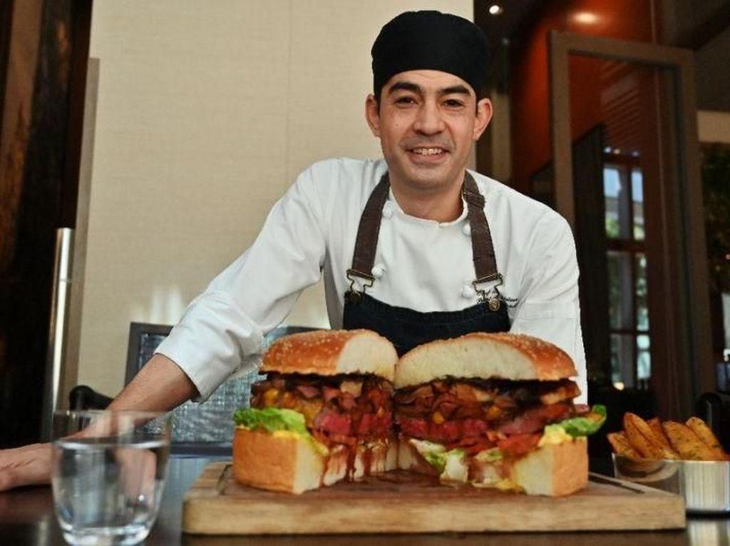 Sambut Kaisar Baru, Ada Burger Mewah Rp 12,8 Juta di Jepang