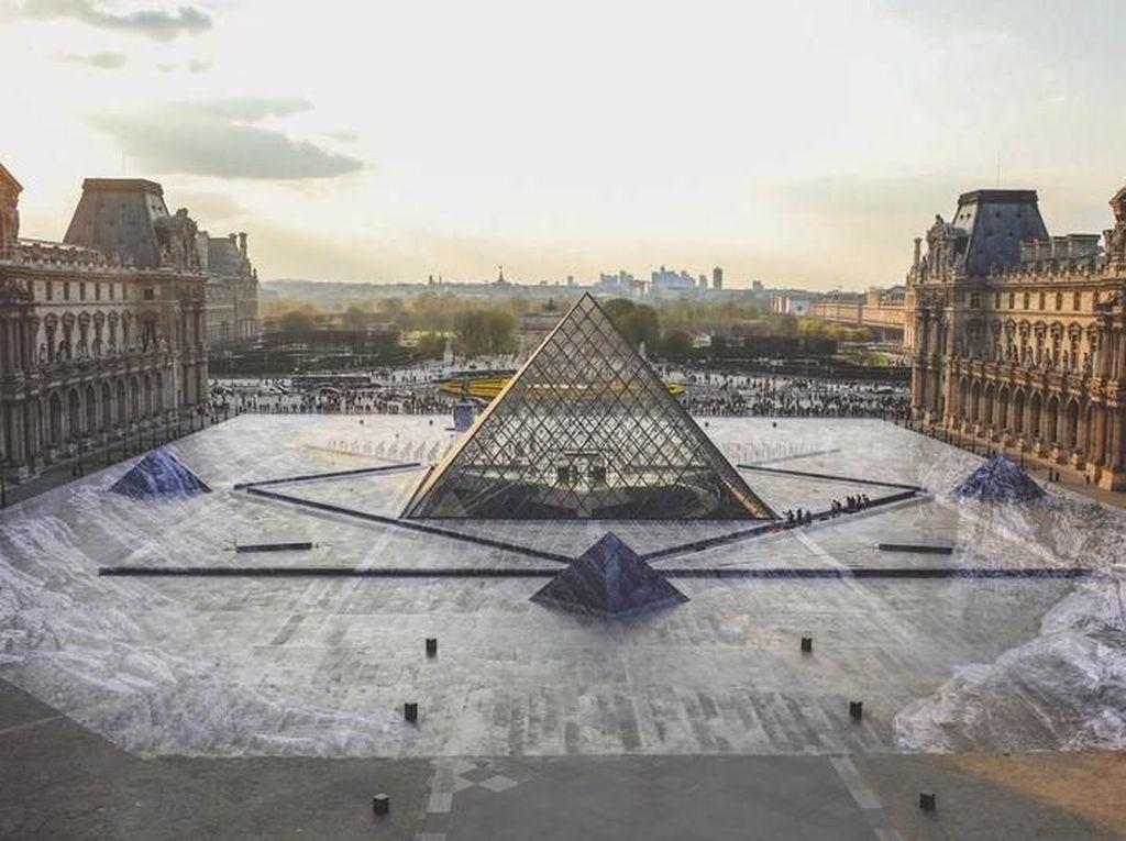 Keren Banget! Trik Ilusi Seniman JR Pukau Jutaan Pengunjung Museum Louvre