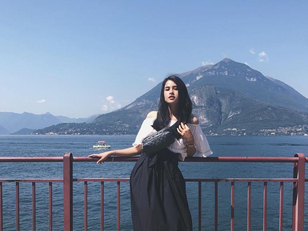 Foto: Maudy Ayunda dan Tempat-tempat Indah di Dunia