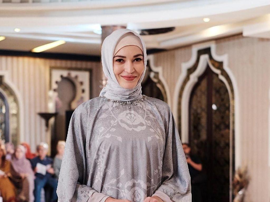 Kata Desainer, Ini Perbedaan Gaya Hijabers Indonesia dan Malaysia