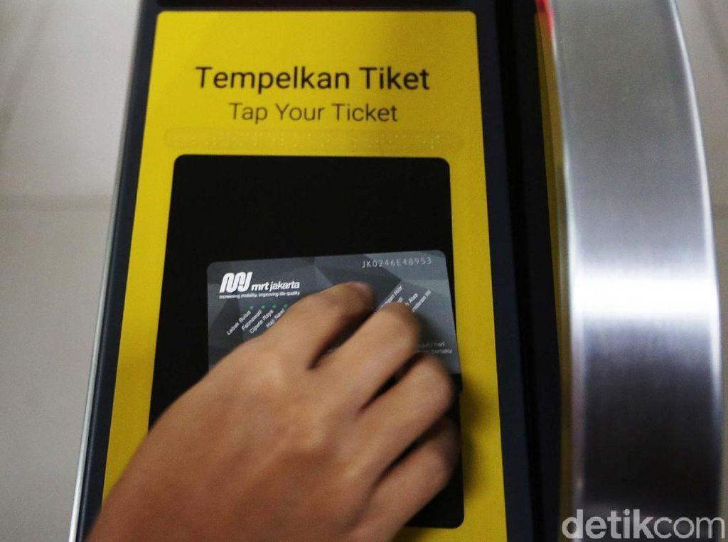Asyik, Naik MRT Masih Diskon Separuh Harga