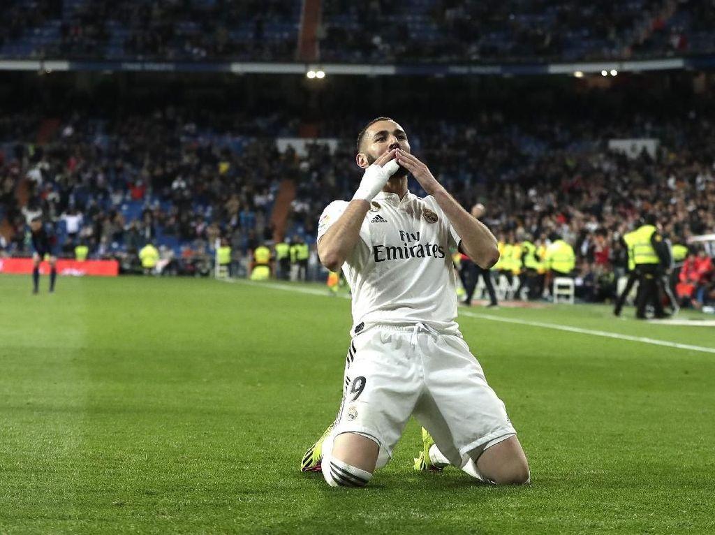 Benzema Ukir Rekor yang Tak Dipunya Messi dan Ronaldo
