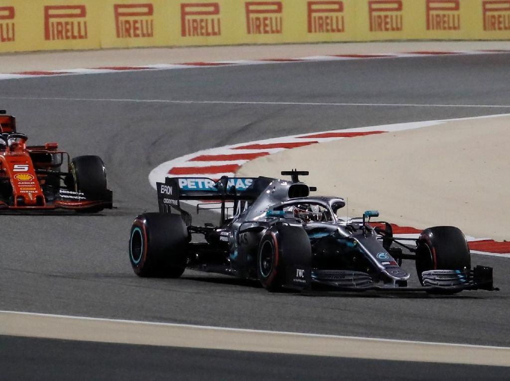 Hasil F1 GP Bahrain: Hamilton Juara, Mercedes Finis 1-2