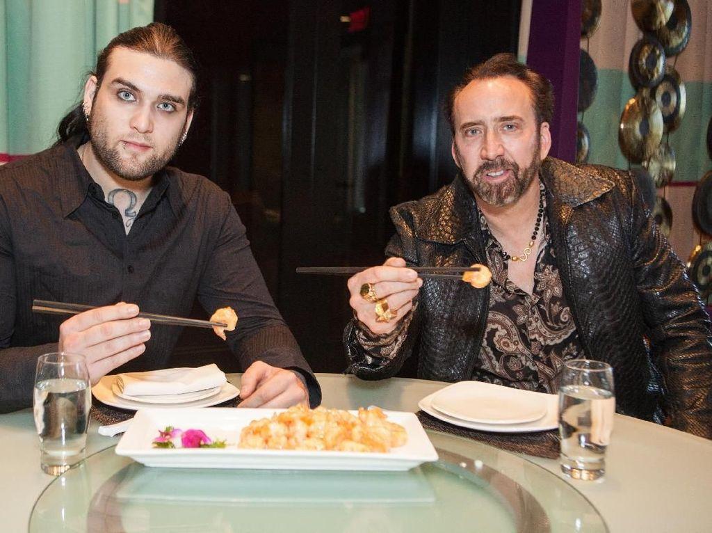 Gaya Kulineran Nicolas Cage yang Baru Saja Ajukan Pembatalan Nikah
