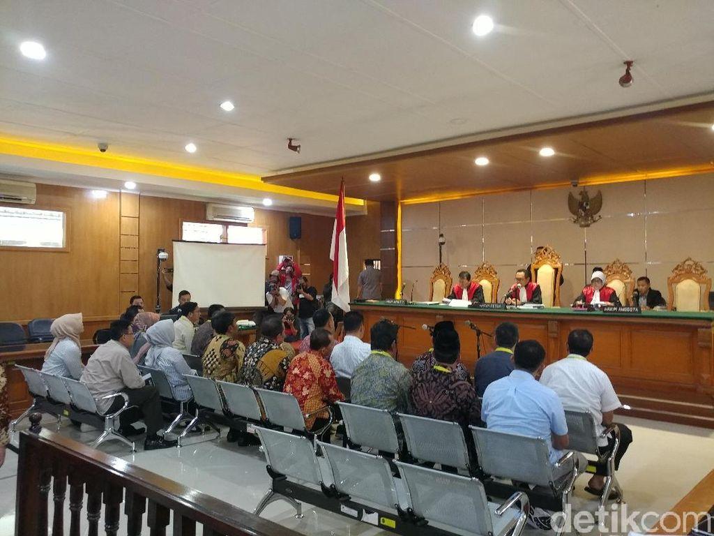 Ketua hingga Staf DPRD Bekasi Bersaksi di Sidang Suap Meikarta