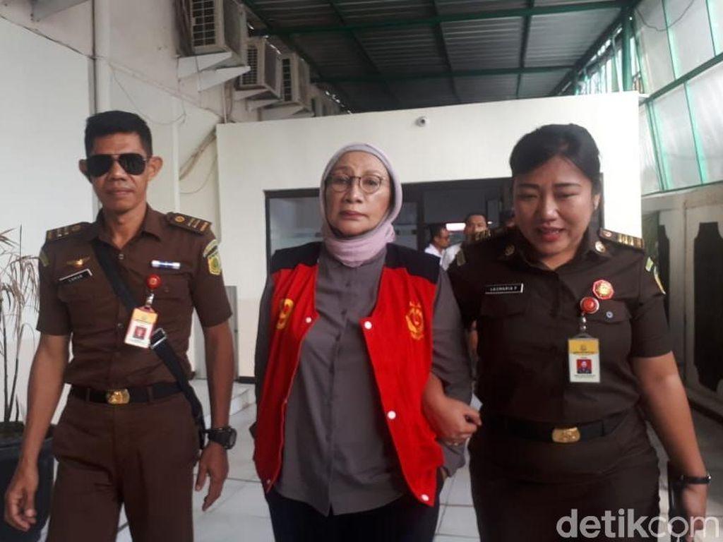 Jaksa Panggil Nanik S Deyang Jadi Saksi Sidang Ratna Sarumpaet