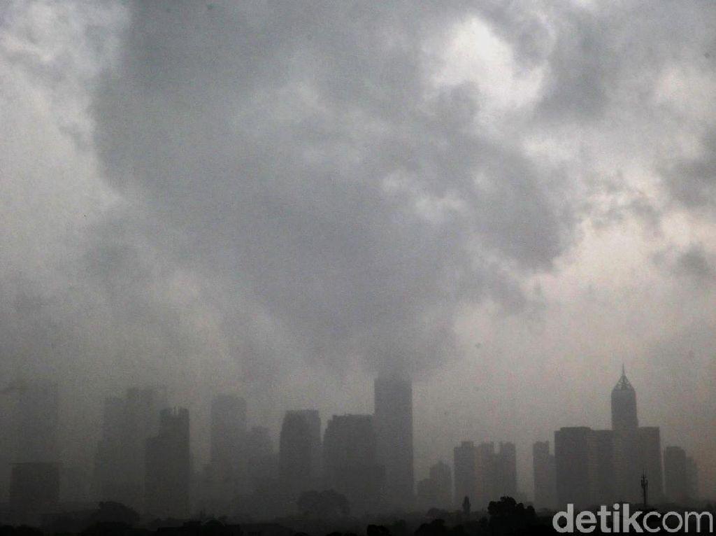 Angin di Jakarta Bertiup Kencang, Ini Penjelasan BMKG