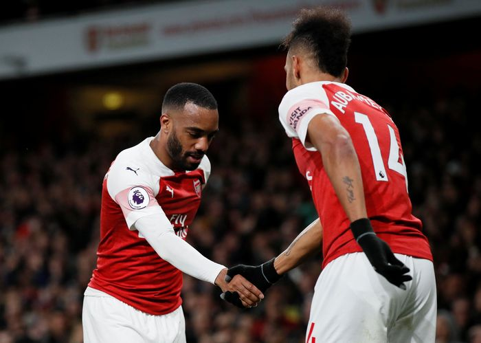 Soccer Football - Premier League - Arsenal v Newcastle United - Emirates Stadium, London, Britain - April 1, 2019  Arsenals Alexandre Lacazette celebrates scoring their second goal with Pierre-Emerick Aubameyang   REUTERS/David Klein  EDITORIAL USE ONLY. No use with unauthorized audio, video, data, fixture lists, club/league logos or