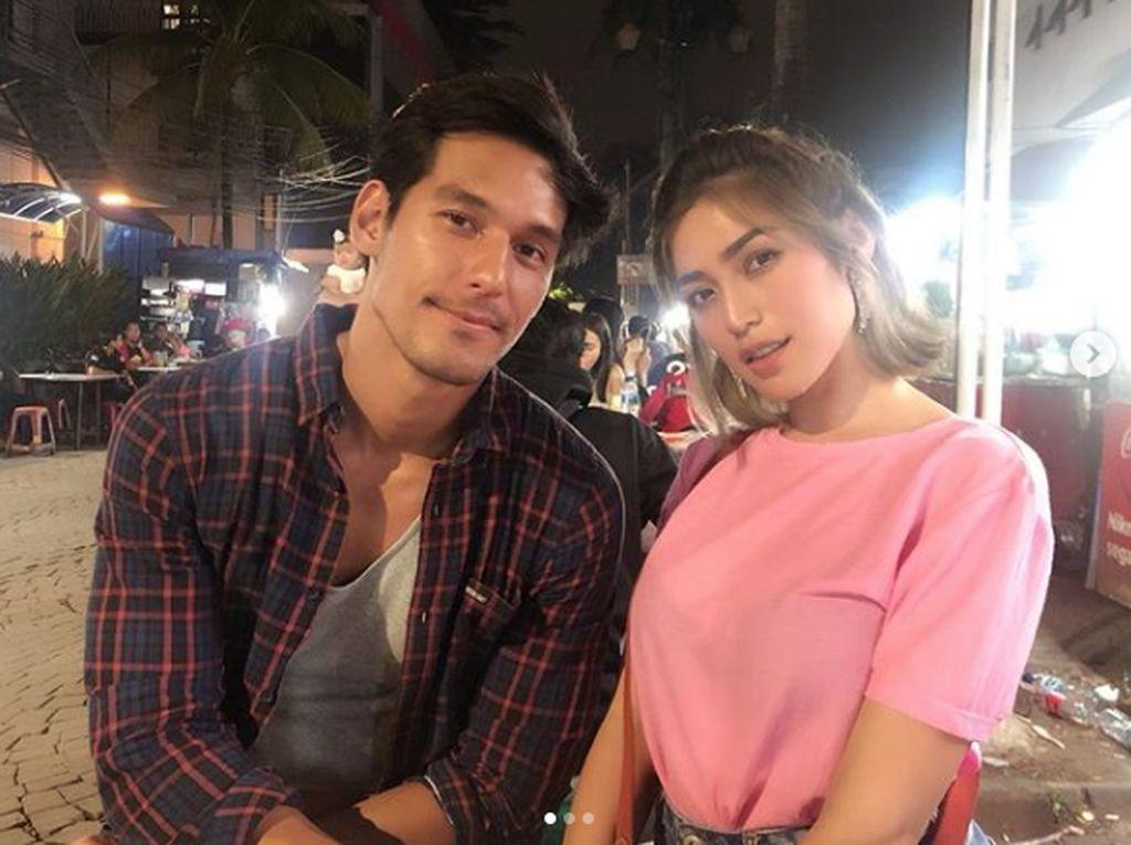 Cerita Jessica Iskandar Pacaran di Warung Kaki Lima