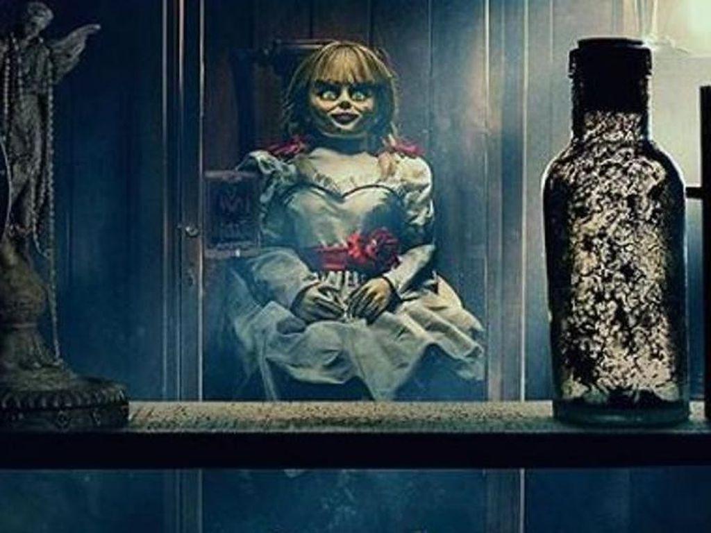 Annabelle Comes Home: Kembalinya Si Boneka Jahat