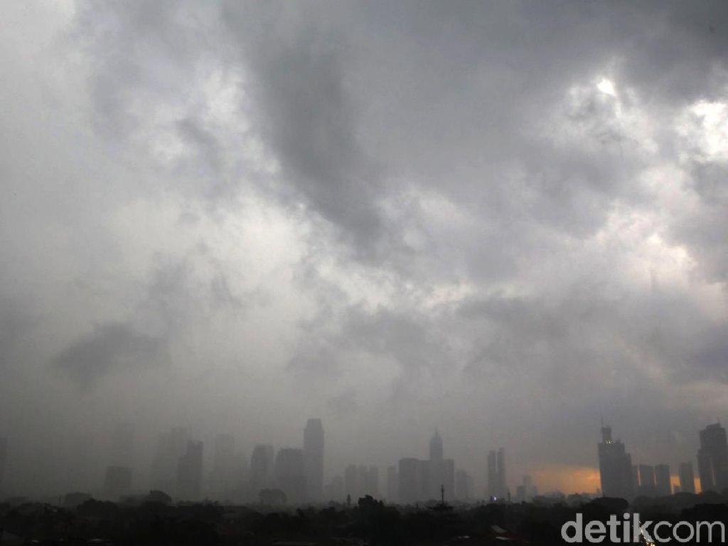 Prakiraan Cuaca 25 Februari: Ini Wilayah RI yang Diguyur Hujan-Angin
