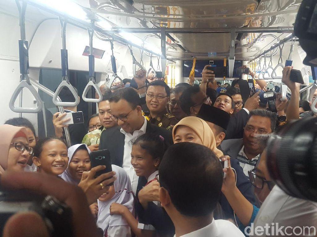 Usai Tinjau MRT Bareng Pras, Anies Apresiasi DPRD soal Anggaran