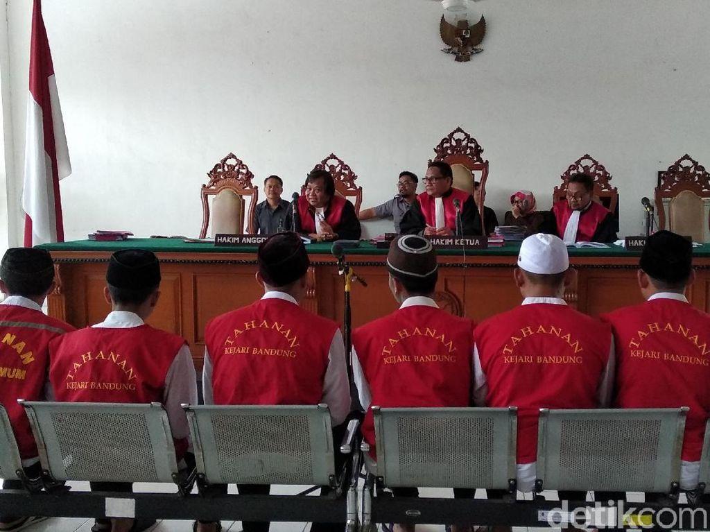 Kembali, Sidang Tuntutan Pengeroyok Haringga Ditunda