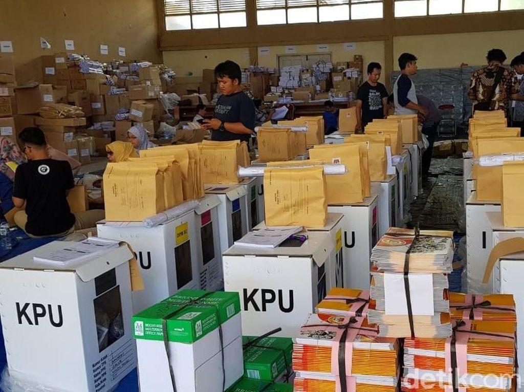 KPU Kulon Progo Kekurangan 14.197 Surat Suara