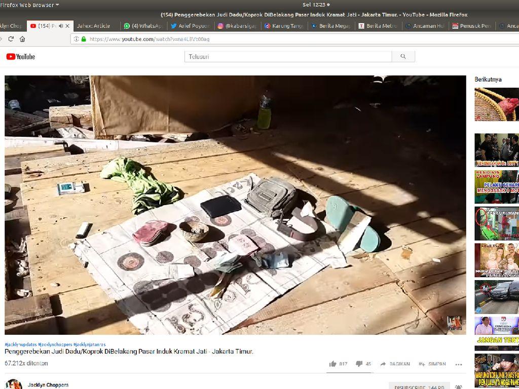 Iyuh! Penjudi di Kramat Jati Tercebur ke Kali Saat Digerebek Polisi