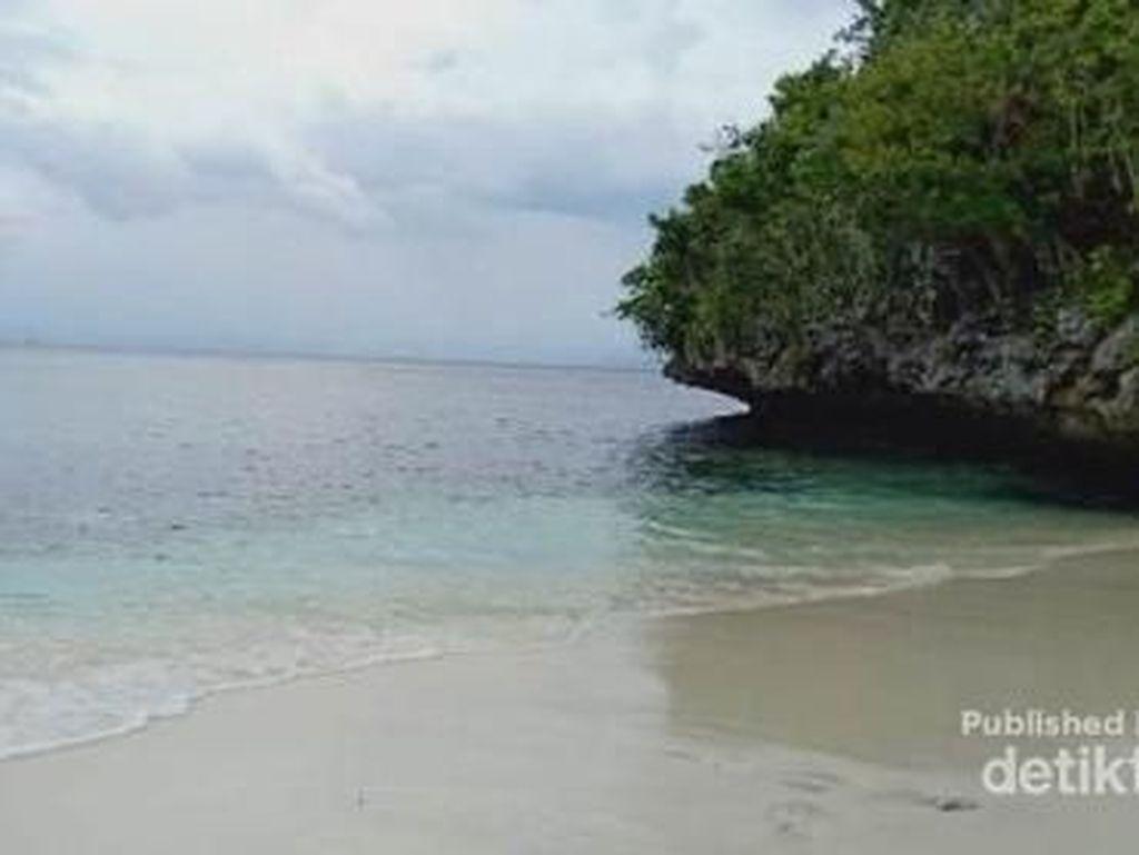 Pantai Friwen, Dulu Sepi Kini Mulai Jadi Primadona