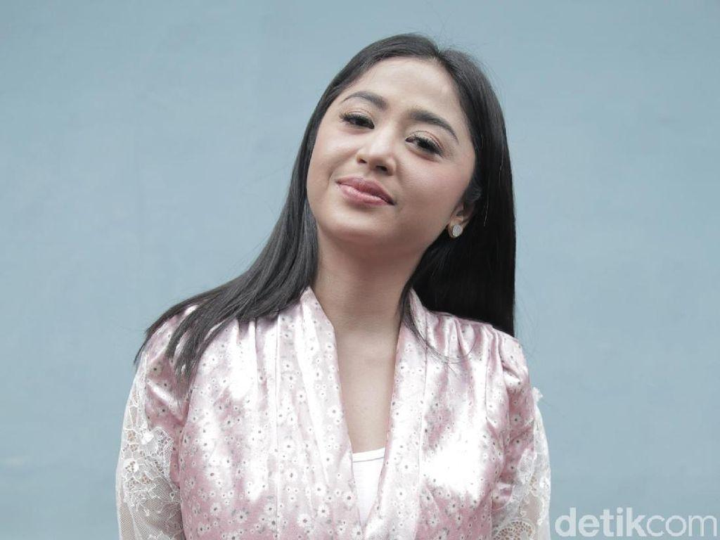 Saipul Jamil Ultah, Dewi Perssik Berkunjung ke Lapas Cipinang