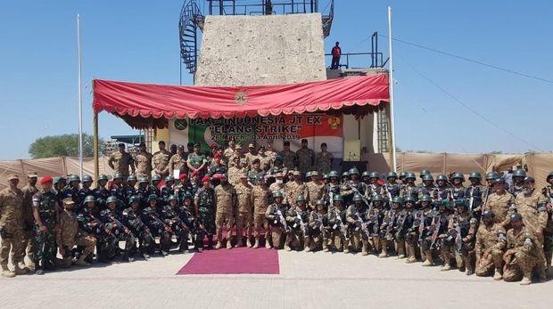 Latihan bersama tentara RI dan Pakistan.