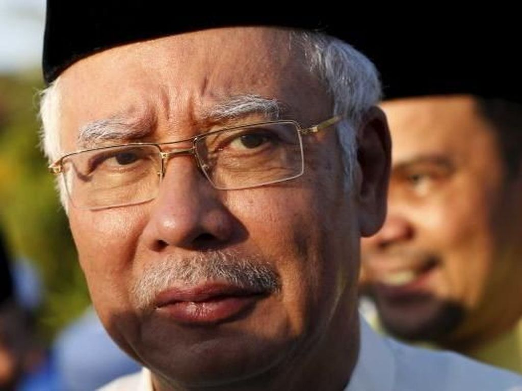 Najib Razak Mulai Disidang dengan Ancaman Penjara 100 Tahun