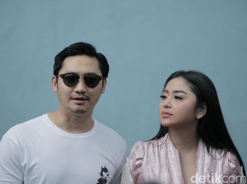 Kepikiran Terus, Dewi Perssik Akan Boyong Ayah dari Jember ke Jakarta