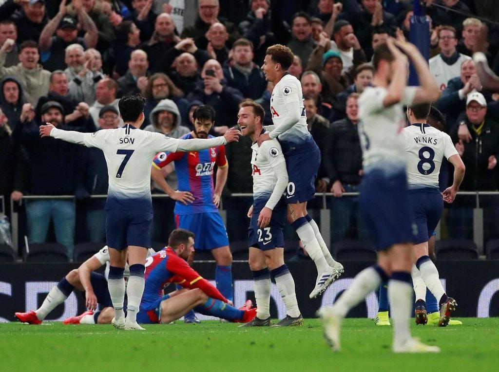Hasil Liga Inggris: Kalahkan Palace, Tottenham Geser Arsenal