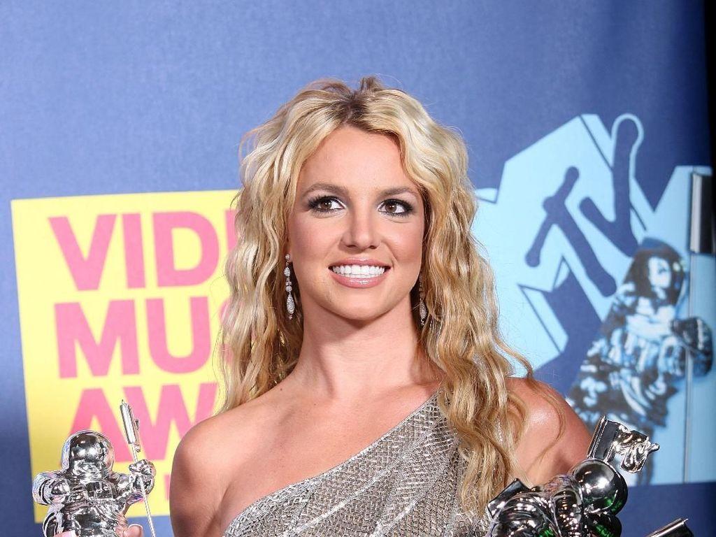 Disebut Dikurung di Panti Rehab Penyakit Mental, Ini Kata Britney Spears