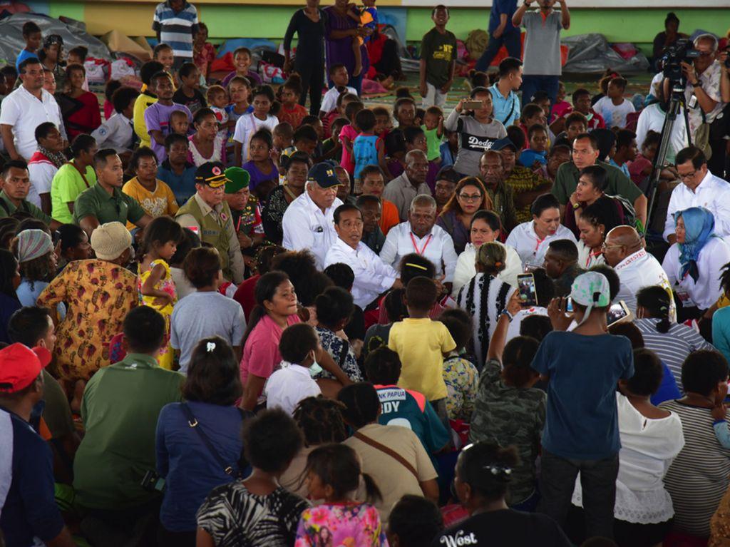 Jokowi Tak Sekadar Kunjungi Korban Banjir Bandang Sentani