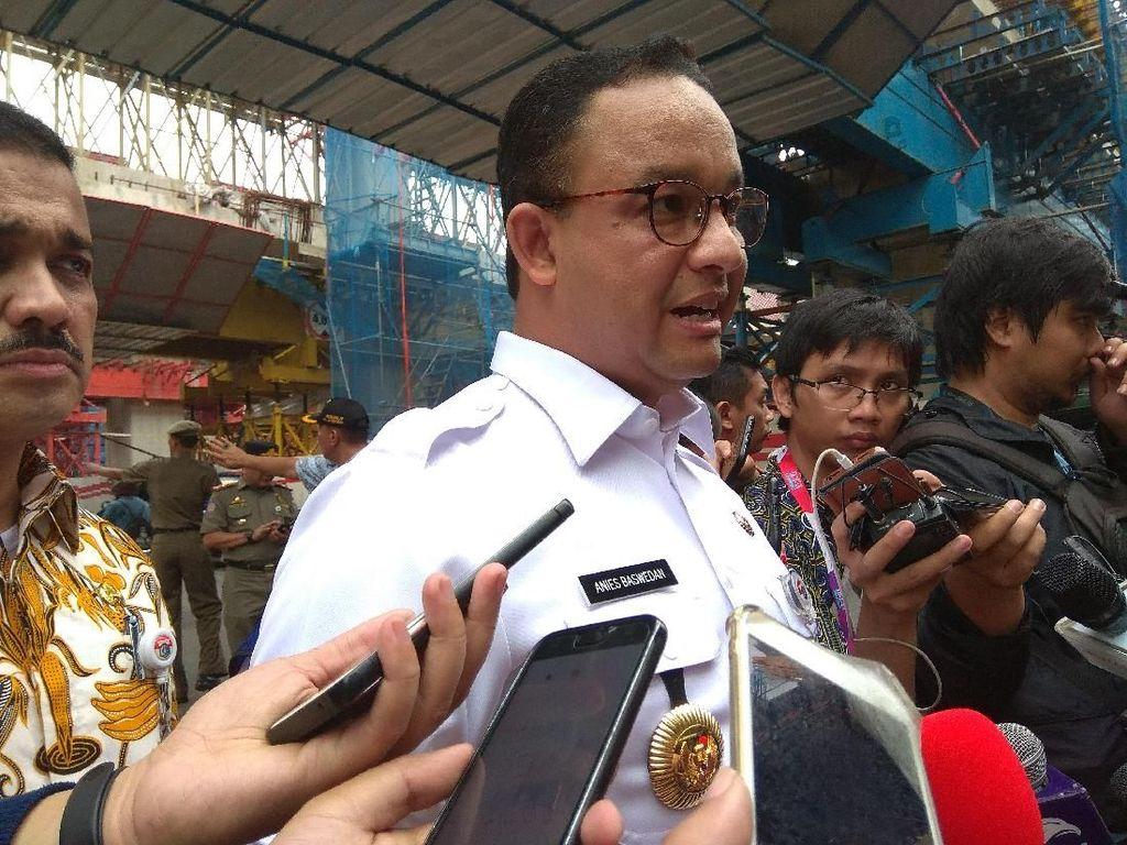 Cek Lokasi Banjir di Cawang, Anies Peringatkan Keras Kontraktor LRT