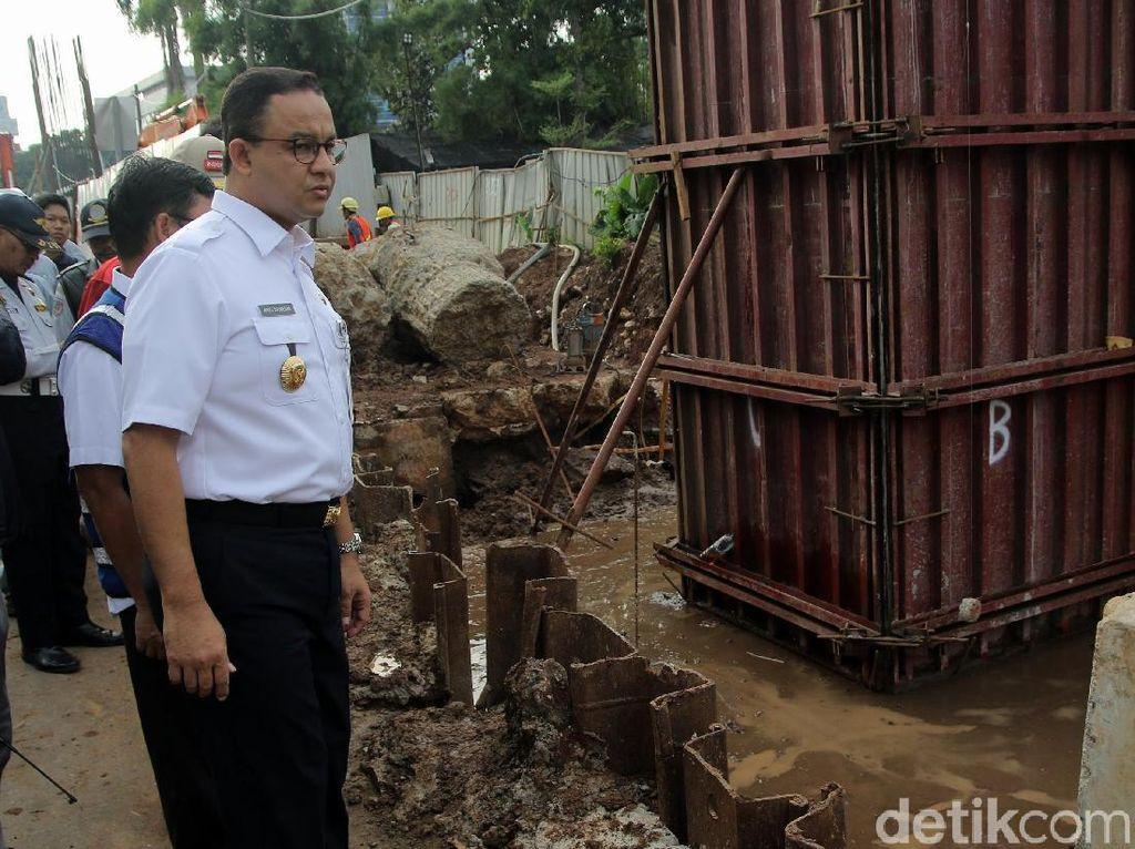 Anies Minta Izin PUPR Kelola Kolong Jalan Tol Jakarta