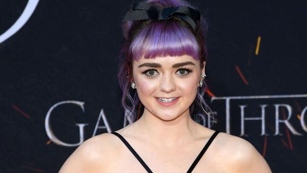 Serunya Kulineran ala Maisie Williams Pemeran Arya Stark Game of Thrones