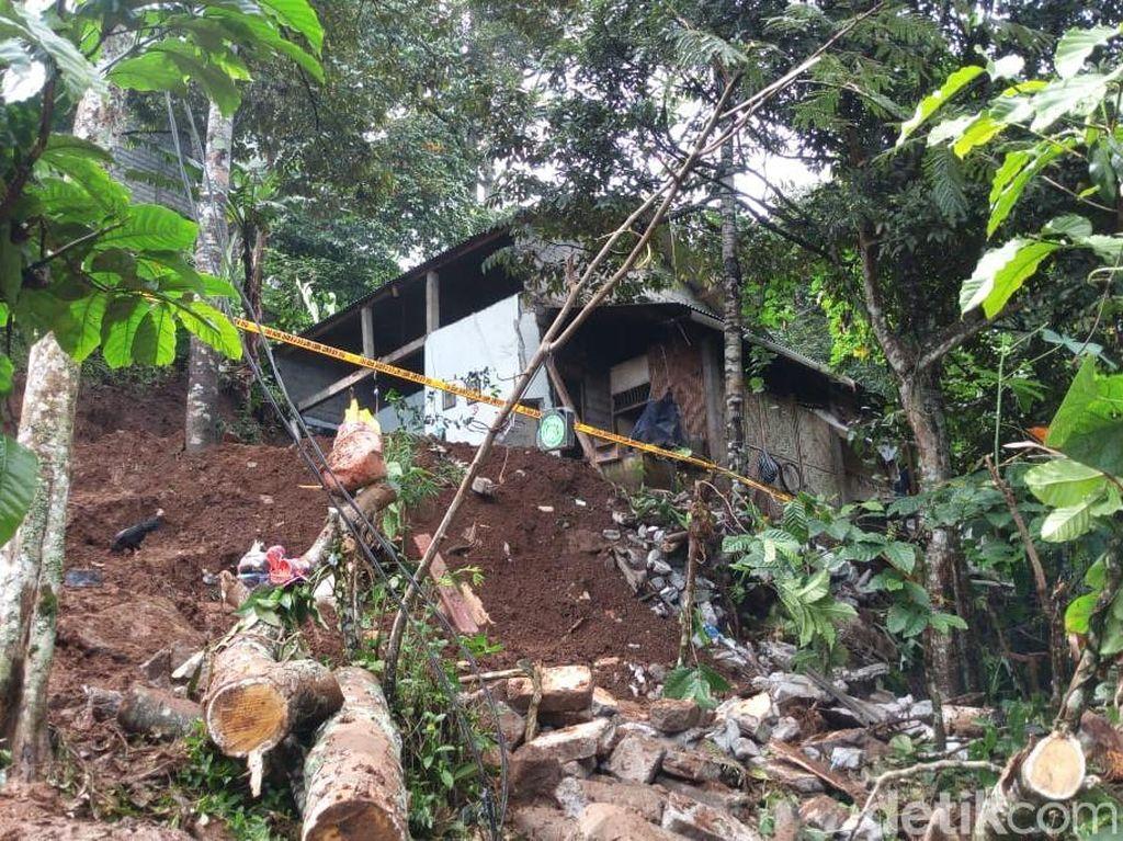 Longsor di Lereng Gunung Kelir Semarang, 1 Orang Hilang