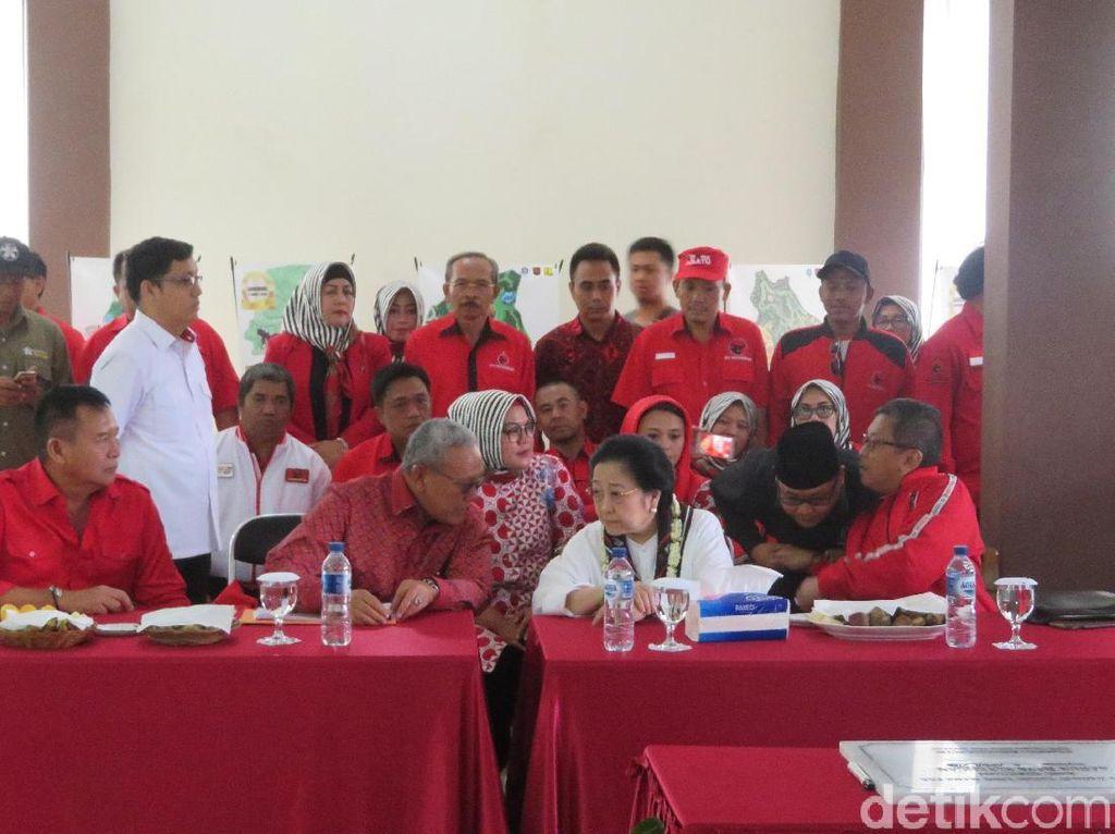 Megawati Kunjungi Kebun Raya Kuningan: Saya Sebetulnya Hobi Tanaman