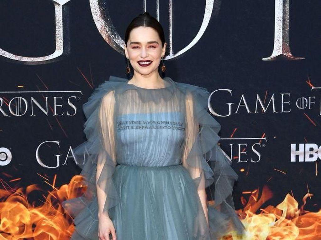 Adu Gaya Bintang Game of Thrones 8 di Karpet Merah, Siapa Favoritmu?