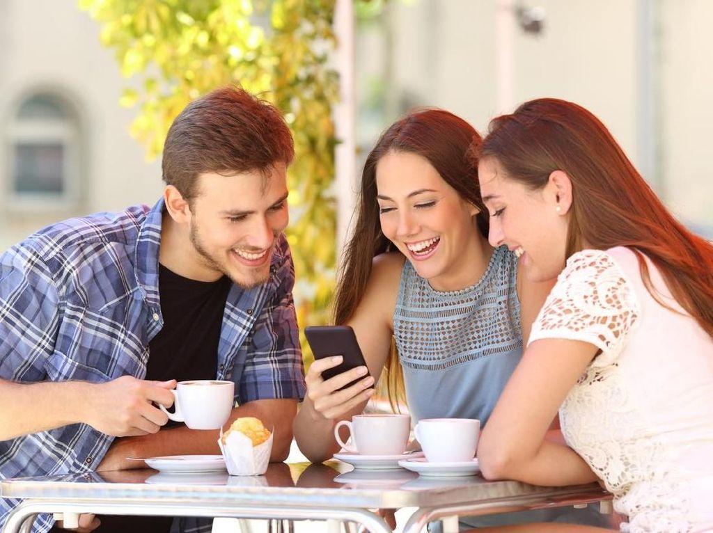 Riset Membuktikan Teman yang Paling Kejam Justru Paling Peduli Padamu