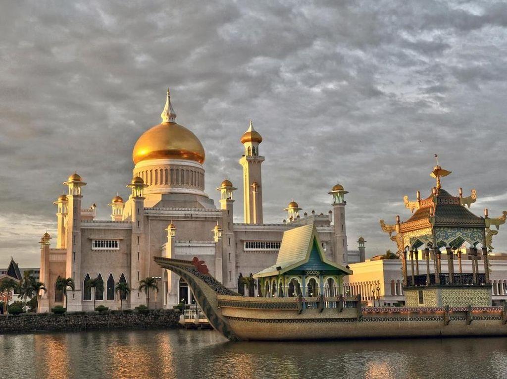 Brunei Hukum Mati LGBT, Apakah Berdampak Pada Pariwisatanya?