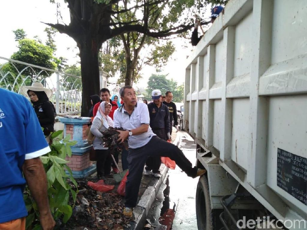 Gubernur Riau: Pekanbaru Barometer di Riau, tapi Lama Tak Dapat Adipura