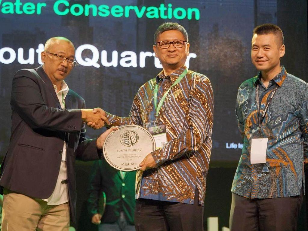 Penghargaan Konservasi Air untuk Penataan Gedung Intiland