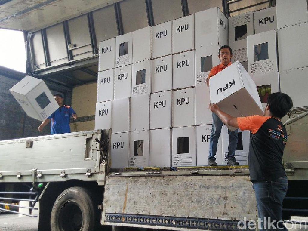 KPU Ciamis Distribusikan Logistik Pemilu Gunakan Jasa PT Pos