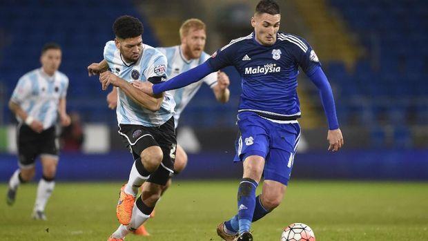 Setelah menjalani pemain sebagai pinjaman, Macheda bermain di Cardiff dengan status bebas transfer.