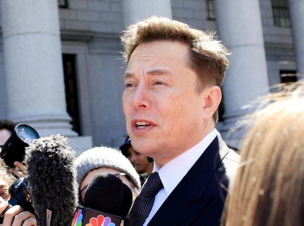 Elon Musk Sebut Jeff Bezos Tukang Tiru, Kenapa?