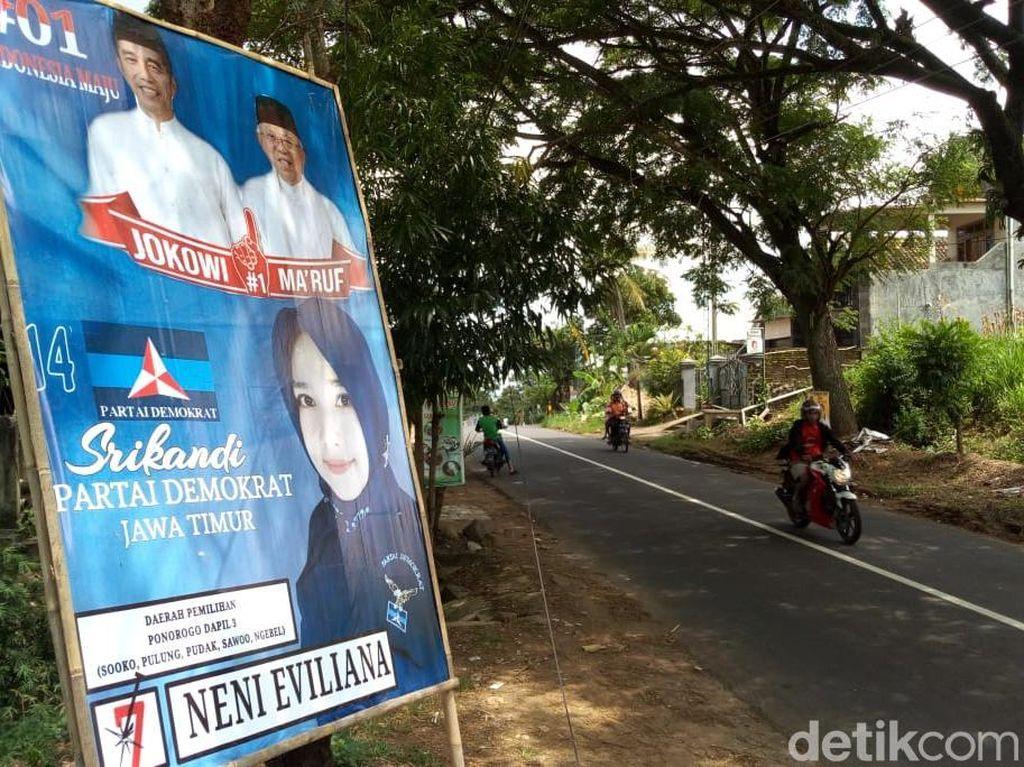 Caleg Demokrat Ponorogo yang Dukung Jokowi Diperintahkan Copot Banner