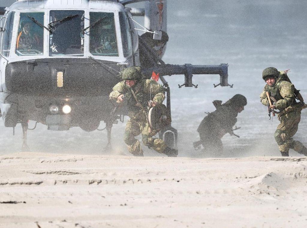 Mengintip Latihan Perang Militer Rusia