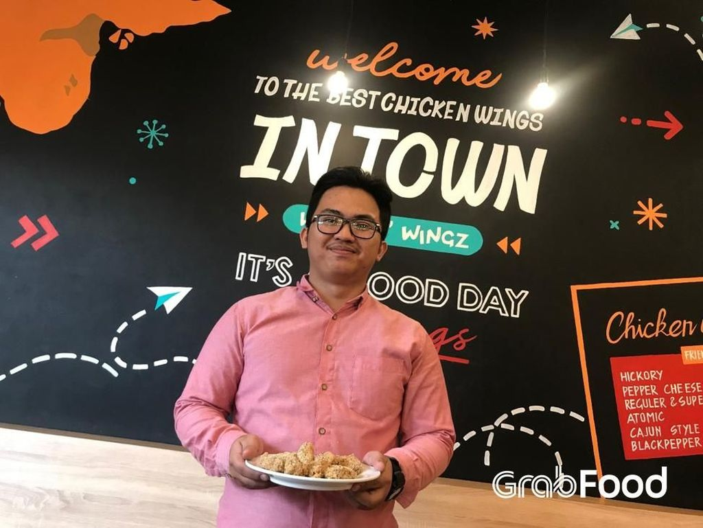 Kisah Sukses Guru Les Bawa Sayap Ayam Jadi Tren Kuliner Bandung