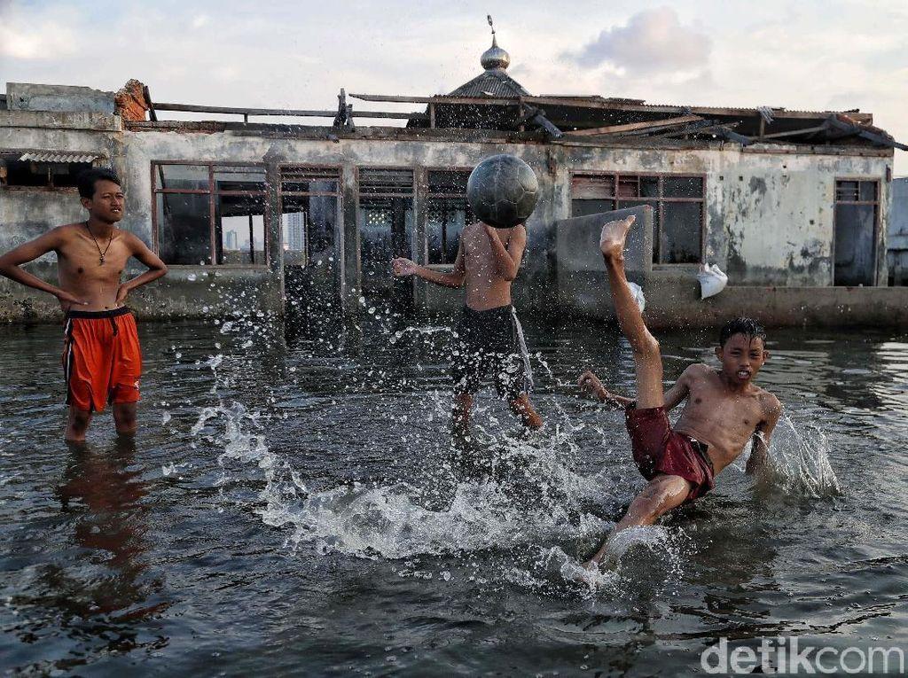 Ini Bukti Penurunan Permukaan Tanah di Jakarta