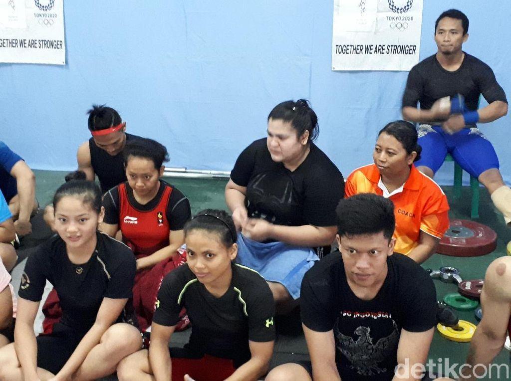 Sri Indriyani, Olimpian yang Turun Gunung Demi Lifter Putri