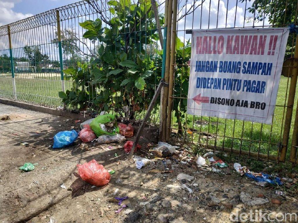 Sempat Dibersihkan Gubernur Riau, Sampah Kembali Berserakan di Pekanbaru