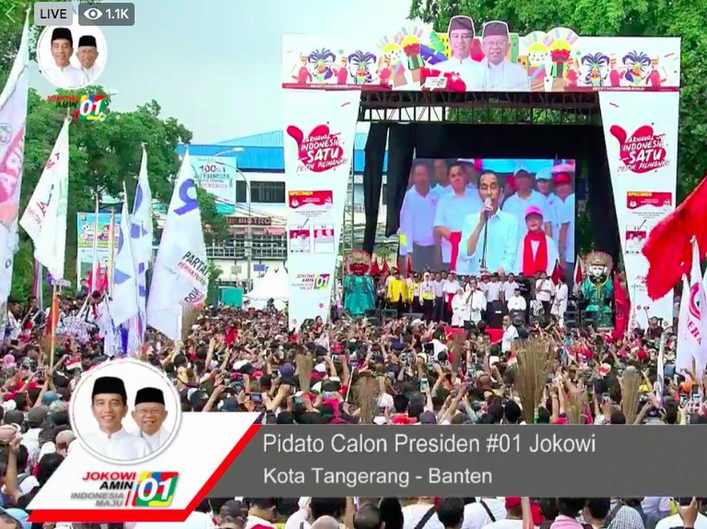 Ada Pendukung Panjat Pohon, Jokowi: Hati-hati Jatuh