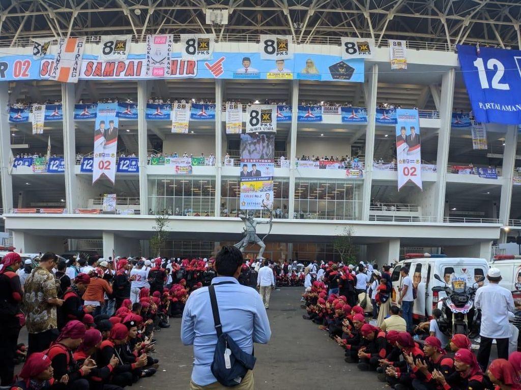 Foto Massa Kampanye Akbar Prabowo-Sandiaga Padati GBK