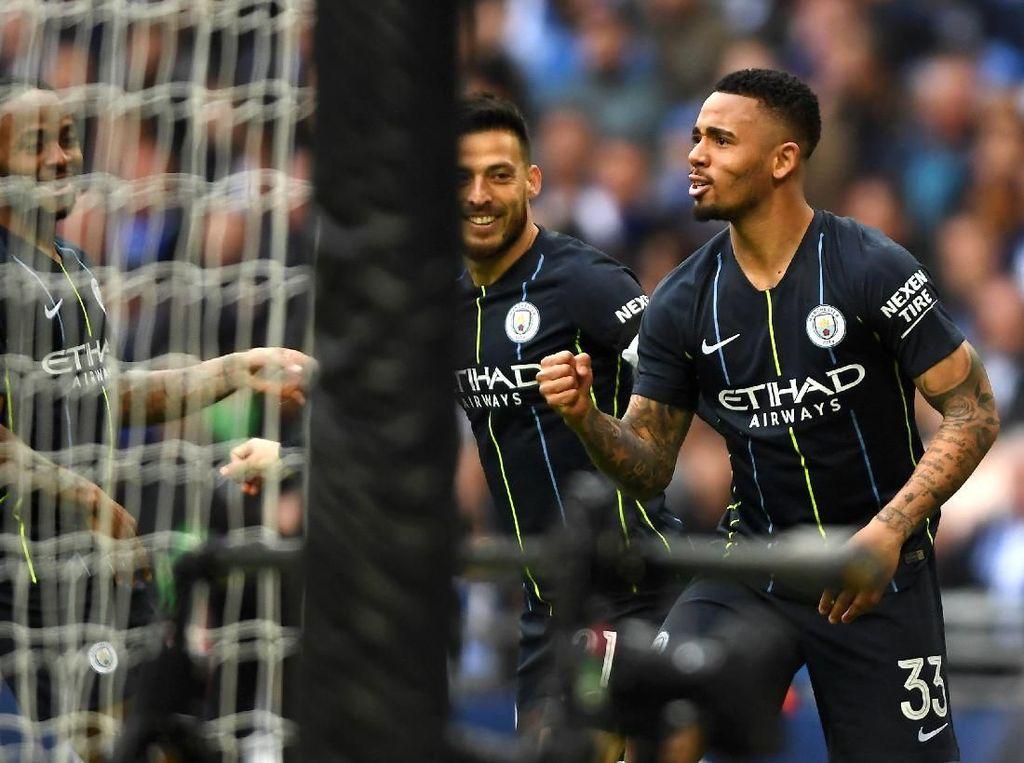 Manchester City ke Final Lagi, Guardiola Masih Belum Percaya soal Quadruple