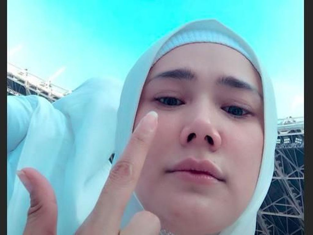 Serukan Takbir dan Salawat di Kampanye 02, Mulan Jameela: Indonesia Menang!